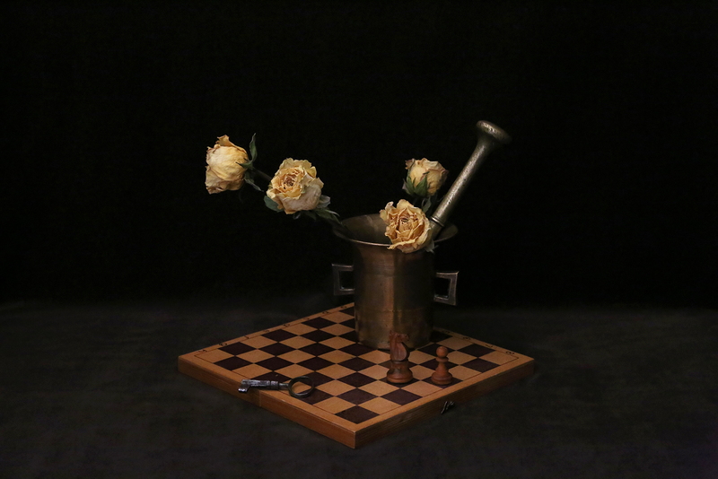 Dry Roses on Chess Board